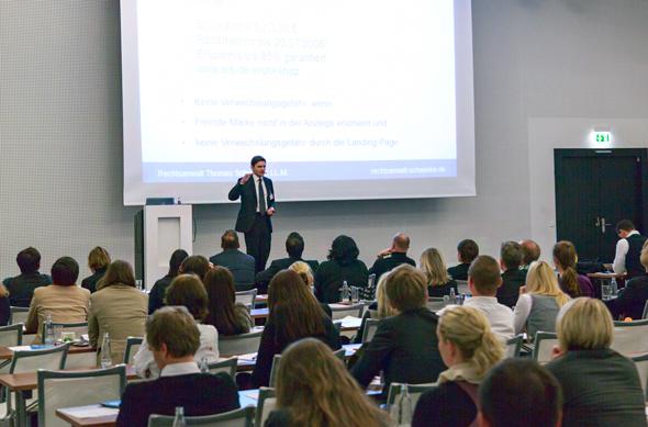 Urheberrecht und Präsentationsunterlagen – Pflichtwissen für Vortragende & Veranstalter