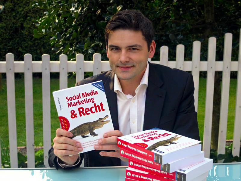 """2. Auflage von """"Social Media Marketing & Recht"""" – Persönliche Buchvorstellung & Gewinnspiel"""